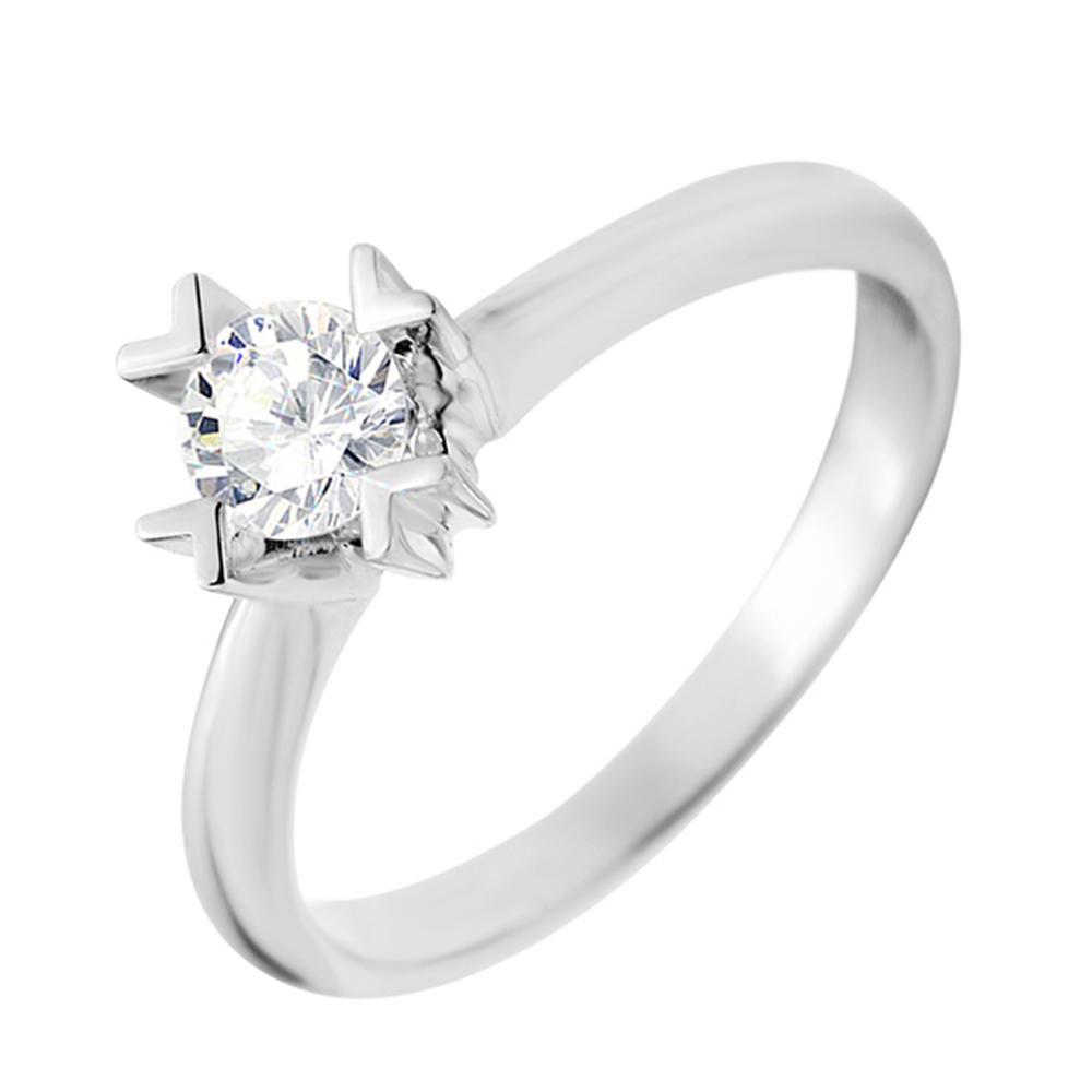 9099d8fb770e Золотые кольца из белого, желтого и красного золота с камнями ...